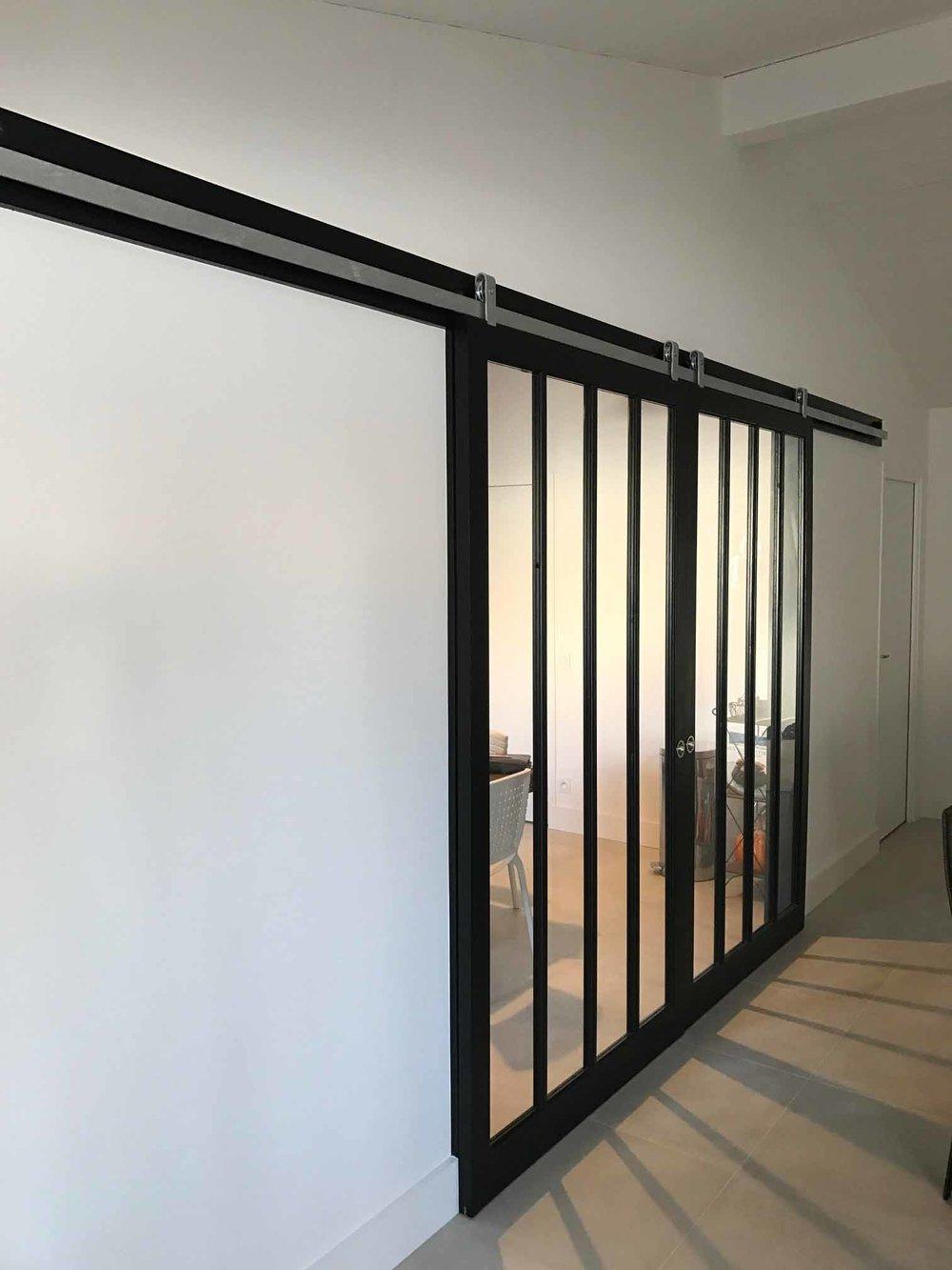 Porte vitrée coulissante