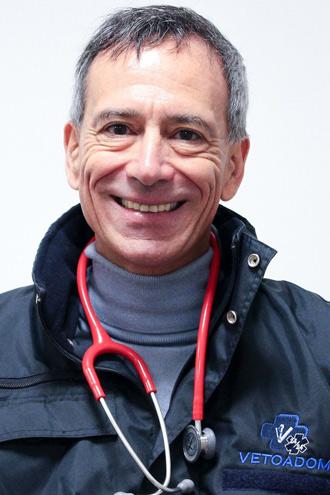 JEAN LOUIS PATIN - DMVFONDATEUR DU 1ER SERVICE D'URGENCE À DOMICILE VÉTOADOM DEPUIS 2004