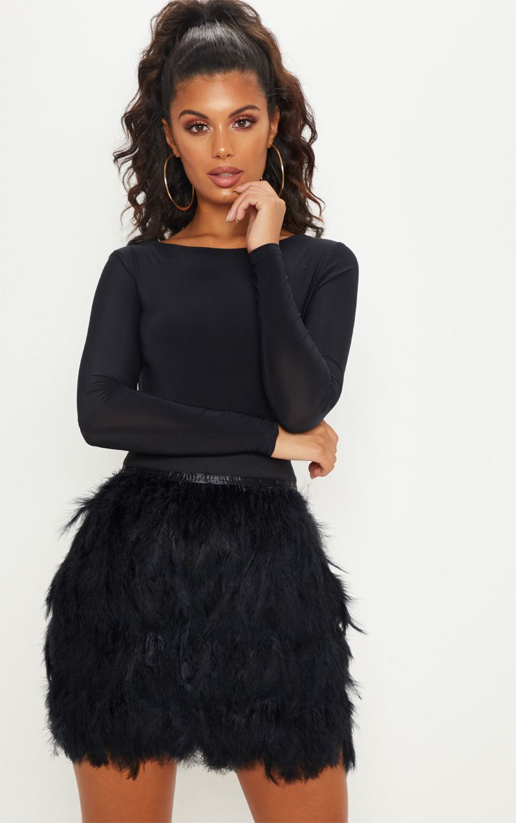 Lack feather skirt, 1920s style. AW18/19 Autumn trends from Pretty Little Thing