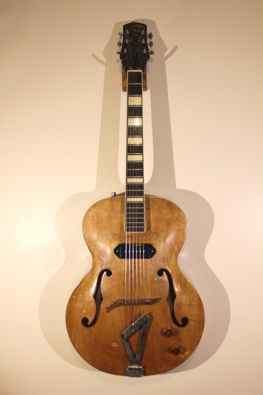Archtop Custom   -not for sale- gretsch archtop, woodstain, copper headstock, sealer