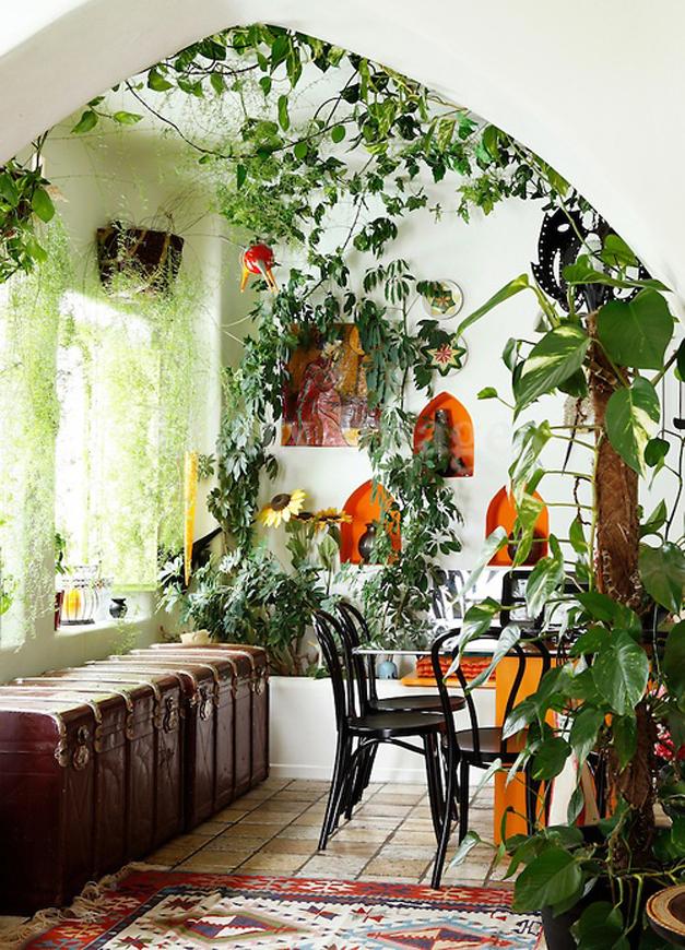 Creative-garden-ideas-keep-it-covered.jpg