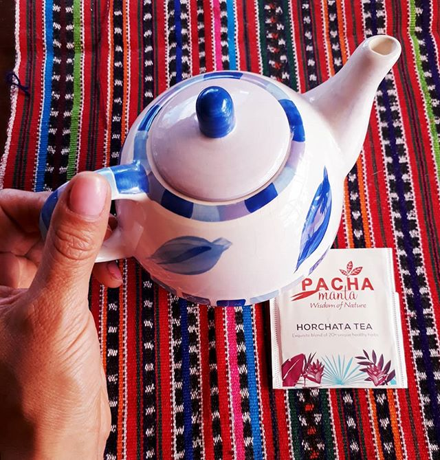 Discover the ancestral culture of the Andes of Ecuador with Pachamanta Horchata Tea🌼 . Pachamanta, wisdom of nature 🍃 . #ancestral, #tea, #horchata, #andean,  #native, #plants, #flowers, #diuretic, #hydrating, #organic, #natural, #andes, #ecuador, #teatime, #japan, #healthylifestyle, #japan, #かわいい,  #お茶,  #おいしい, #健康