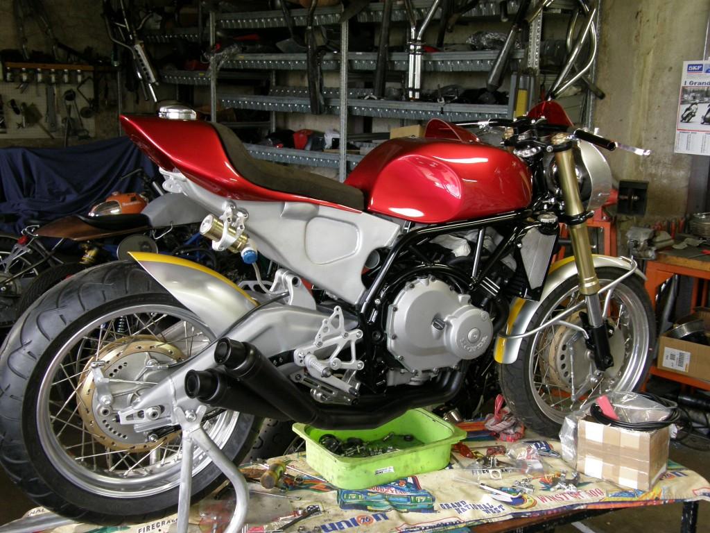 250RR engine 015