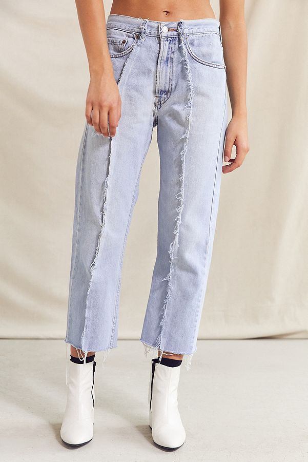 https://www.urbanoutfitters.com/shop/urban-renewal-recycled-seamed-front-levis-jean?category=SEARCHRESULTS&color=091