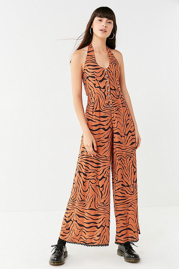 https://www.urbanoutfitters.com/en-ca/shop/lenni-sonic-halter-animal-print-jumpsuit?category=SEARCHRESULTS&color=089