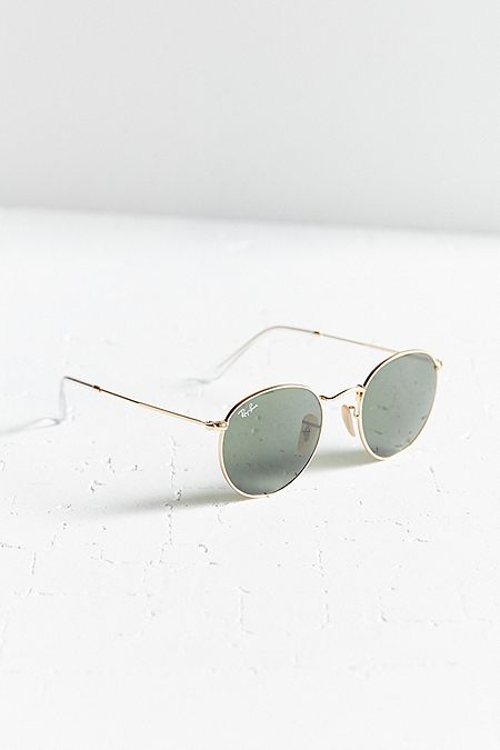 https://www.urbanoutfitters.com/shop/ray-ban-round-metal-classic-sunglasses?category=SEARCHRESULTS&color=070