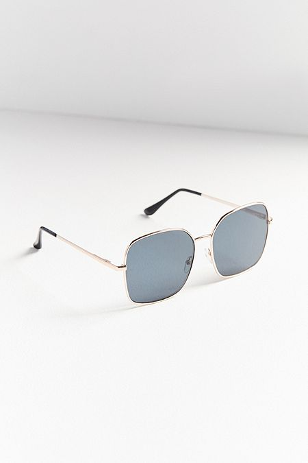https://www.urbanoutfitters.com/shop/simone-oversized-square-sunglasses?category=SEARCHRESULTS&color=070