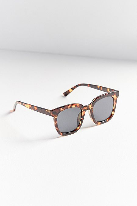 https://www.urbanoutfitters.com/shop/vega-tortoise-square-sunglasses?category=SEARCHRESULTS&color=029