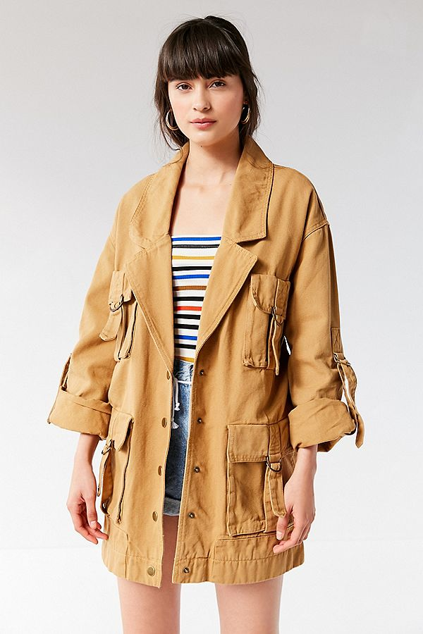 https://www.urbanoutfitters.com/shop/uo-delta-cargo-jacket?category=women-coats-on-sale&color=086