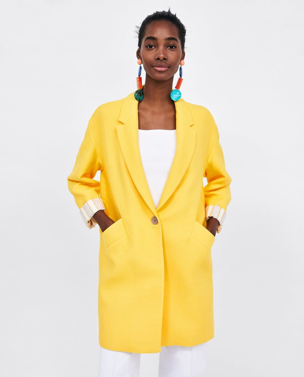 https://www.zara.com/ca/en/coat-with-lapel-collar-p02601605.html?v1=6068001&v2=719012