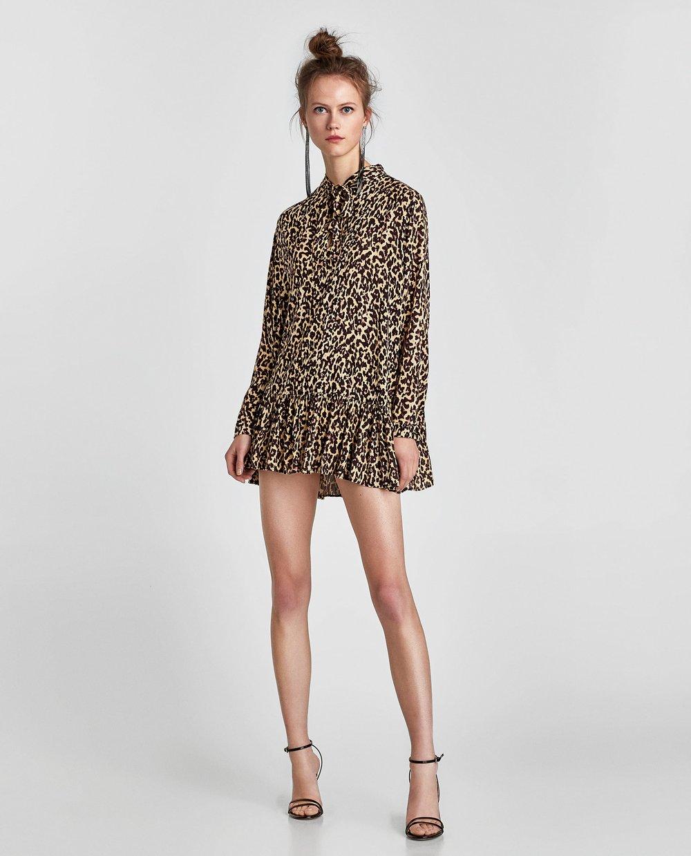 https://www.zara.com/ca/en/animal-print-blouse-with-bow-p02183041.html?v1=5479501&v2=969004