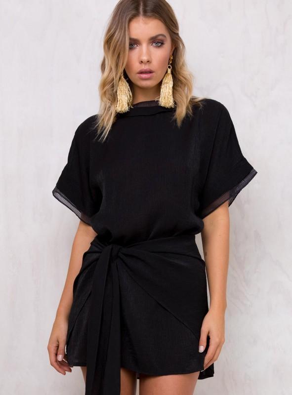 https://www.princesspolly.com/shimmers-wrap-dress