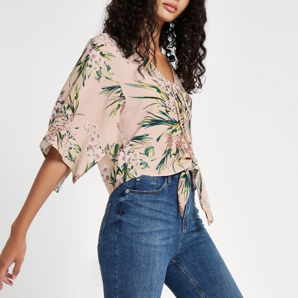 https://us.riverisland.com/p/pink-floral-cape-tie-front-crop-top-722061