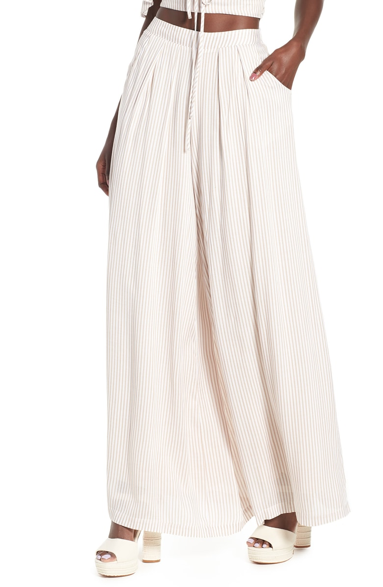 https://shop.nordstrom.com/s/4si3nna-stripe-wide-leg-pants/4910955?origin=keywordsearch-personalizedsort&color=none
