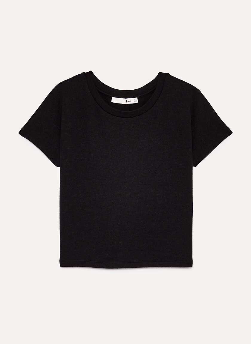 https://www.aritzia.com/en/product/jacey-cropped-top/70428.html?dwvar_70428_color=1274