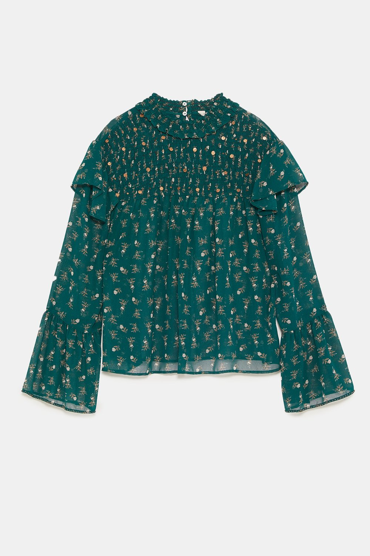 https://www.zara.com/ca/en/floral-print-blouse-with-ruffles-p07200221.html?v1=6455185&v2=1074623
