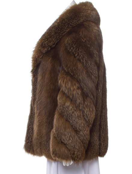 https://www.therealreal.com/products/women/clothing/coats/fur-fox-fur-short-coat-TuJstyyUDrs