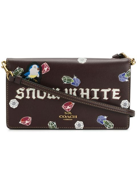 https://www.farfetch.com/ca/shopping/women/coach-coach-x-disney-snow-white-shoulder-bag-item-12951247.aspx?storeid=10034