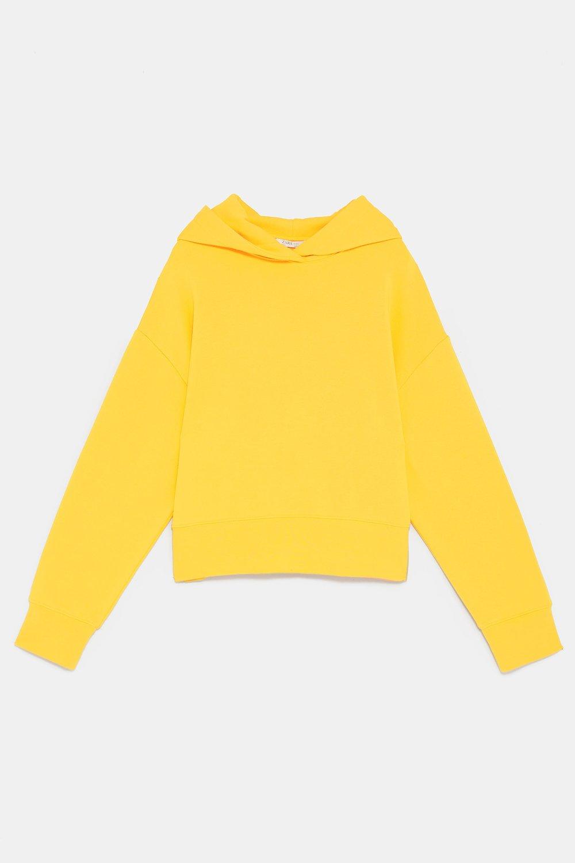https://www.zara.com/ca/en/cropped-hooded-sweatshirt-p01058926.html?v1=8190611&v2=1180350