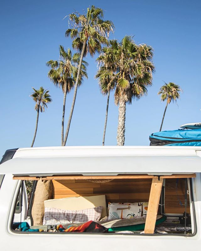 Now THIS is somewhere I'd like to wake up. Very jealous of my van bestie @sarahmkhaley for her recent trip down the coast. 🌴☀️🚐