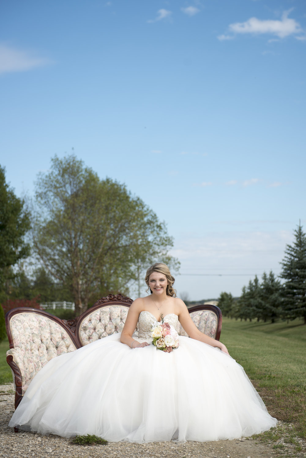 ABBEY & JOSH | PRAIRIE STONE FARM WEDDING | RAYMOND, OH — Bear ...