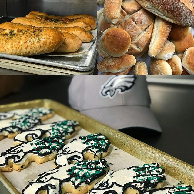 E A G L E S EAGLES!! The #Eagles are heading to the Super Bowl! Call or stop in today to get your order in for your Super Bowl Sunday party now!! We've got cookies, we've got donuts, we've got Stromboli, rolls, pizza and more. Give us a call or stop in by and let's make your party a touchdown!  LETS GO BIRDS!