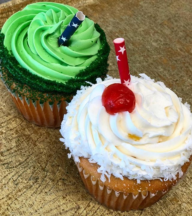 Do you like pina coladas? How about sitting in margarita vile? Either way we've got what you need with our Pina colada and margarita cupcakes available for you now!! #newcupcakes #cupcakes