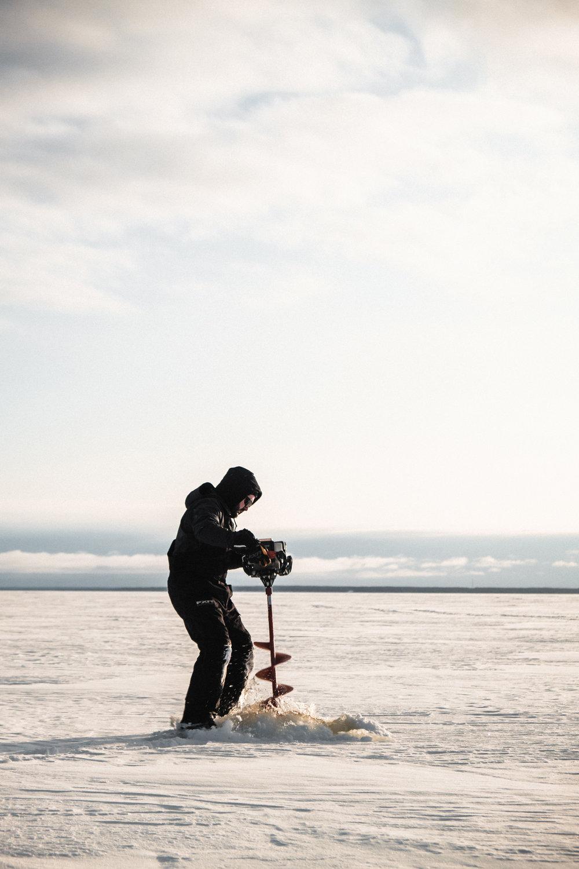 Ice_fishing-8916.jpg