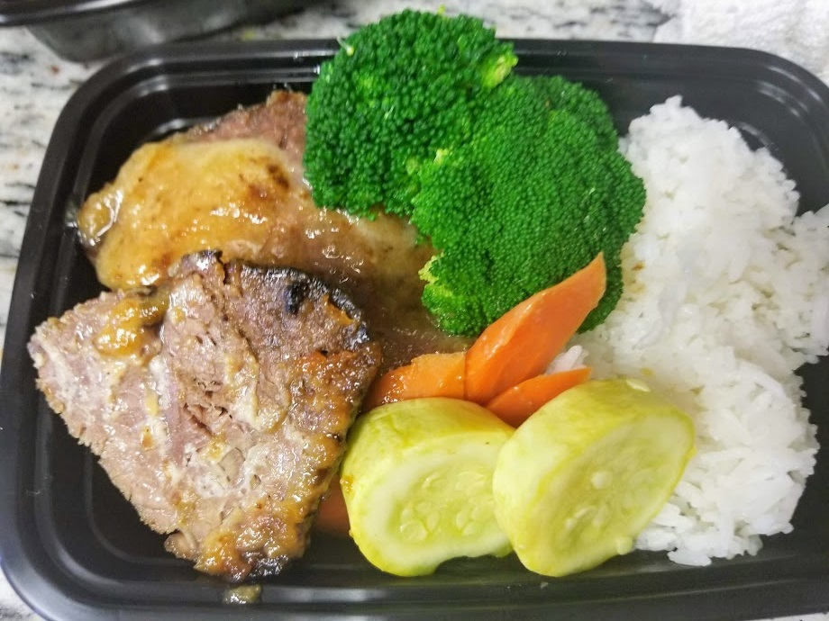lunch box briskey.jpg