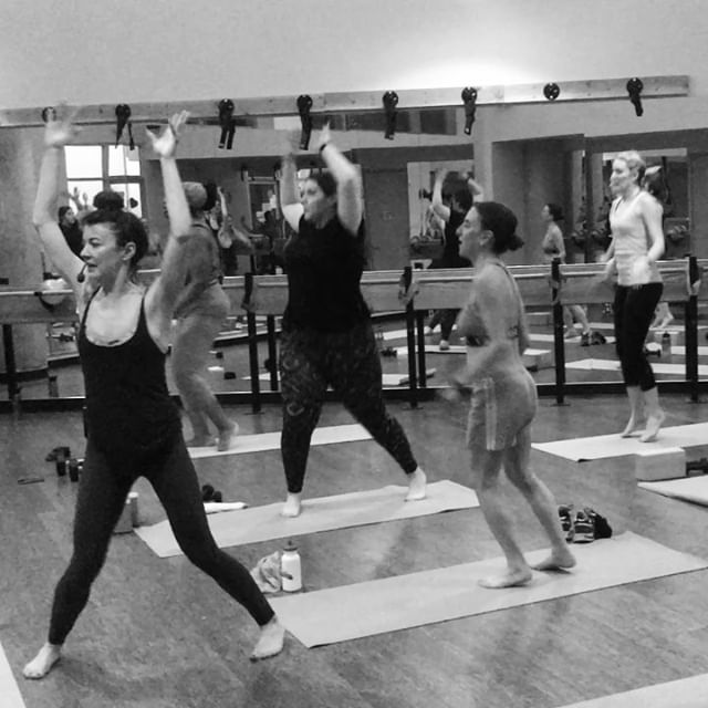Yoga Sculpt has a strong focus on strength and intensity.  We turn up the heat and combine weights and cardio intervals to make it unlike your typical yoga class. Come sculpt your heart out with @lydiabfit on Valentine's Day at 7:30pm 💪🏻🖤 treats and champagne to follow. 🍪 🍾 - — #heatedclass #sculpt #cardio #portland #fulcrumfusion #fitfam #fulcrumfitness #pdxfitness #fitpdx #fitnw #barre #cycle #yoga #feelthebeat #fitTOGETHER #fitpdx #breathe #ride #pulse #thesweatlife #strongnotskinny #fitspiration #fitnessgoals #getfit #fitnessforlife #positivemood #findyourstrong #betterforit #workouttime