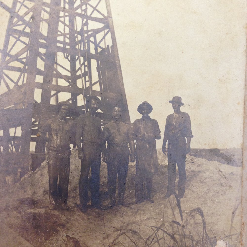 Clement No. 1, Louisiana's first successful oil well. Jennings, Louisiana, 1901