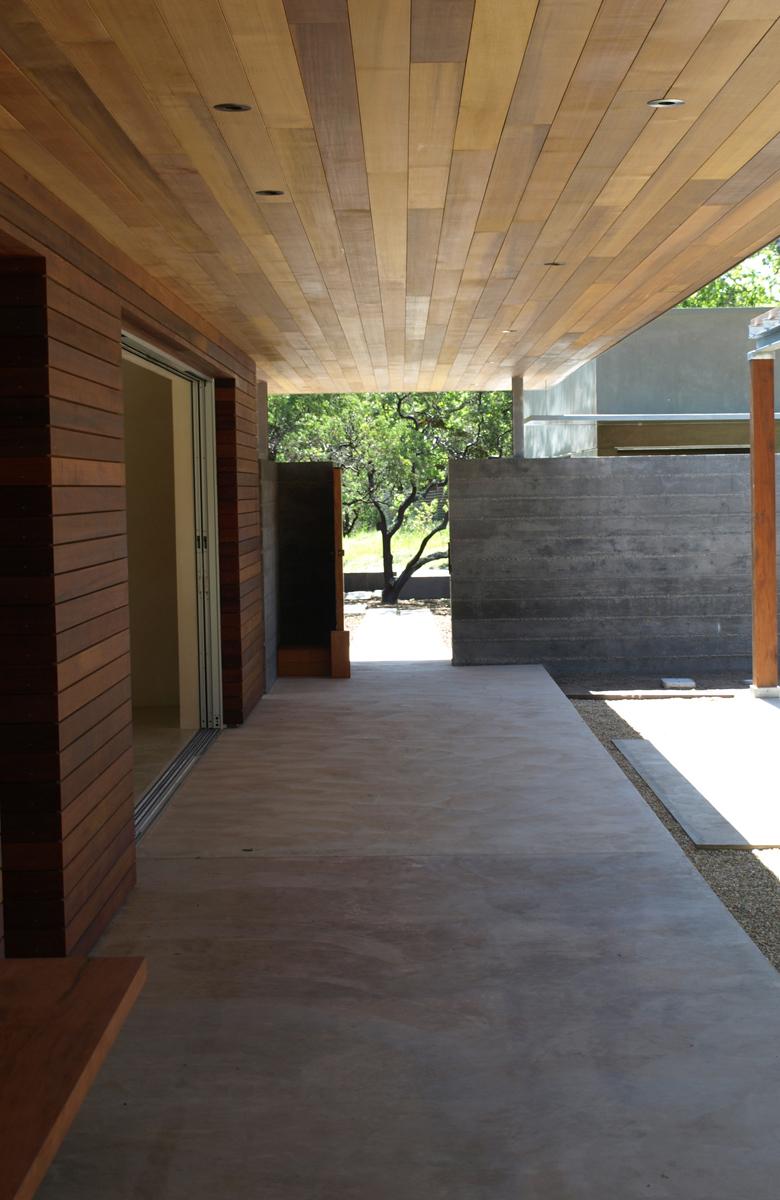 Simpson-Exterior-Walkway.jpg