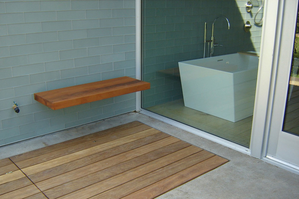 Out-Door-Shower-Bench.jpg