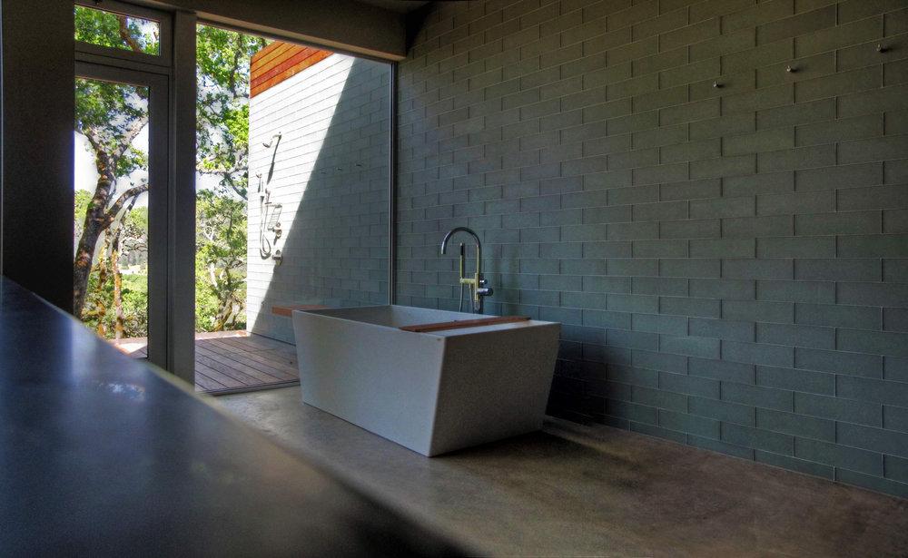 Simpson - Master Bathroom.jpg