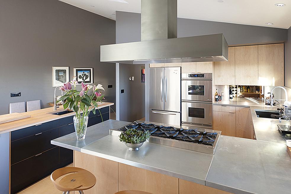 b2 Kitchen 01.jpg