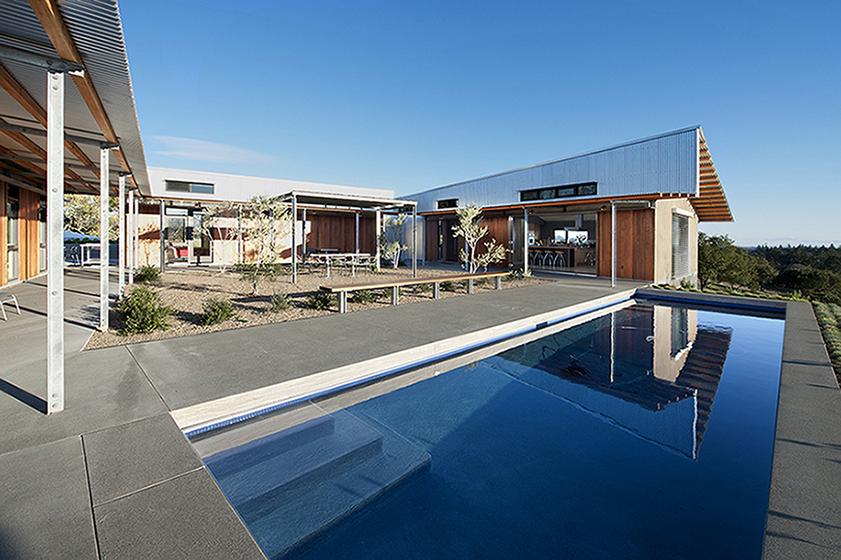 e1 Pool & Public Wing 01.jpg