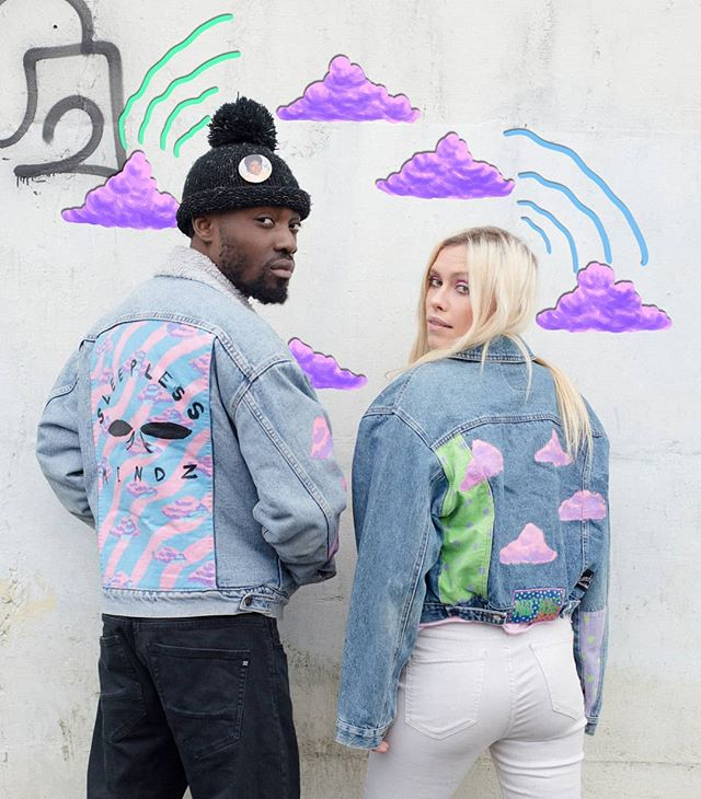 ⛅🌩️It's a vibe⛅🌩️ 📸 @menabena • #sleeplessmindz #love #sleepless #art #painteddenim #paintedclothing #streetwear #90s #80s #pastel #la #newyork #vancouver vibes #emergy #manifestation #hyoebeast #complex #illustration #wearableart #artbaselmiami #growth