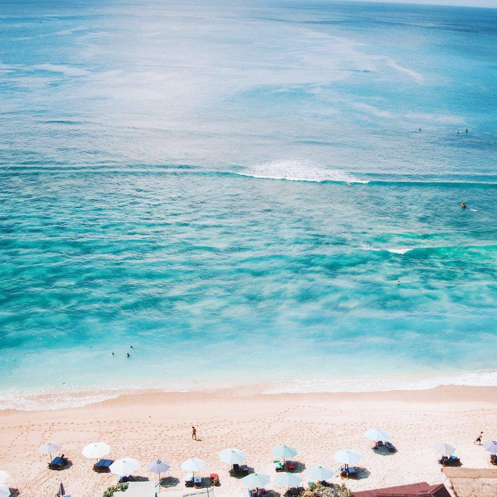 Thomas-Beach-Bali-JetsetChristina-Instagram.jpg