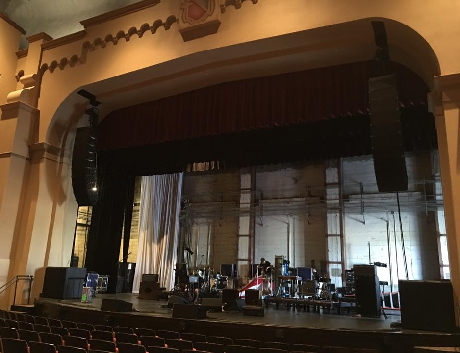 D&B HANG MERCED THEATRE.jpg