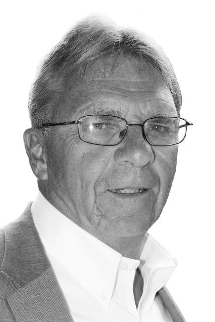 TOM GRANT    Advisor: Finance