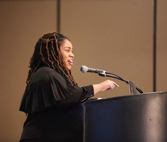 @angiecthomas, author of #TheHateUGive*, delivered a bomb (to borrow an adjective) keynote on the impact of educators, books, and how we ✨can✨ change the world. . Thank you, Angie, for the work you do. We can't wait for ON THE COME UP. . *and, apparently, some Mickey Mouse fan fiction
