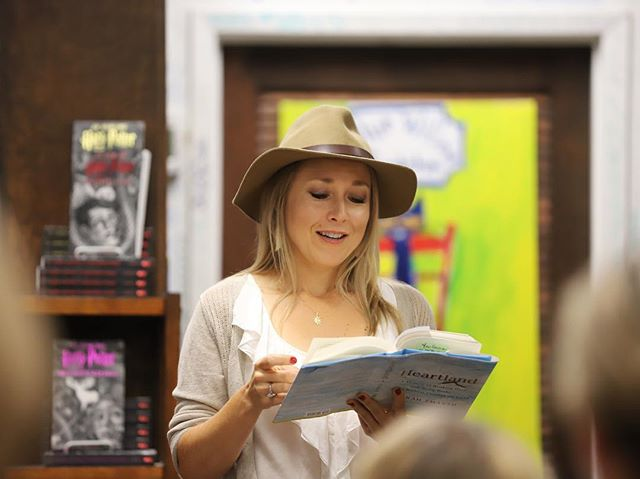 September 20—Journalist Sarah Smarsh reads from and discusses her memoir, HEARTLAND, at Blue Willow Bookshop in Houston, TX. HEARTLAND has been named to the Longlist for the National Book Award for Nonfiction.