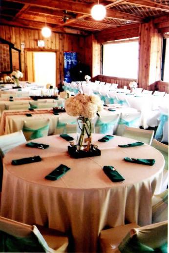 indoor wed blur2.PNG