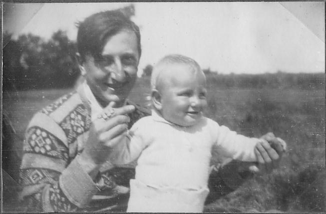 Pal and daughter 1.JPG