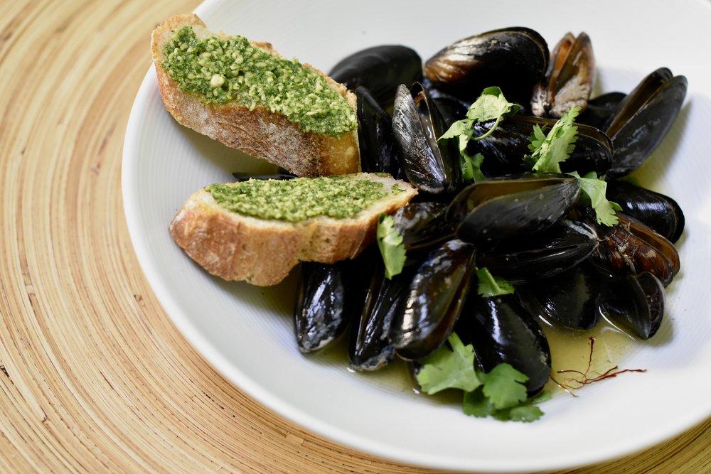 Moules Marinières  (Sailor-Style Mussels)