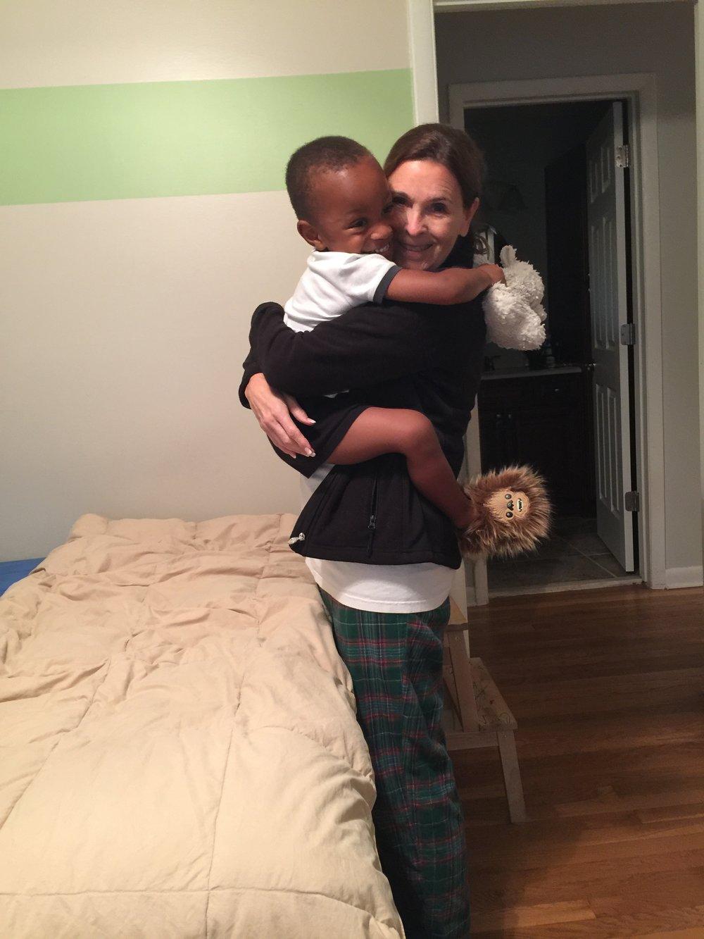 HuggingNini