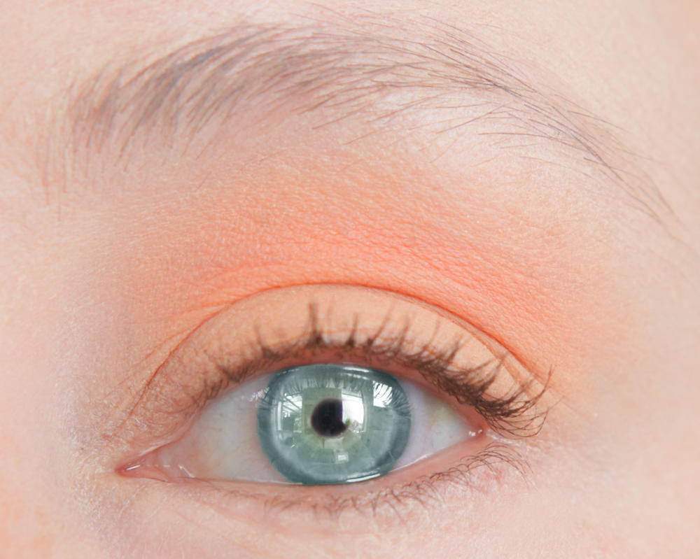 lsp-2-eyeshadows-open.jpg