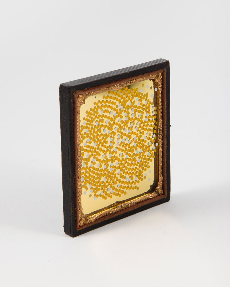 Vogel's stars , 2018  Redrafted ambrotype with reflective film and gold leaf  9.2 x 8.2 cm  SOLD