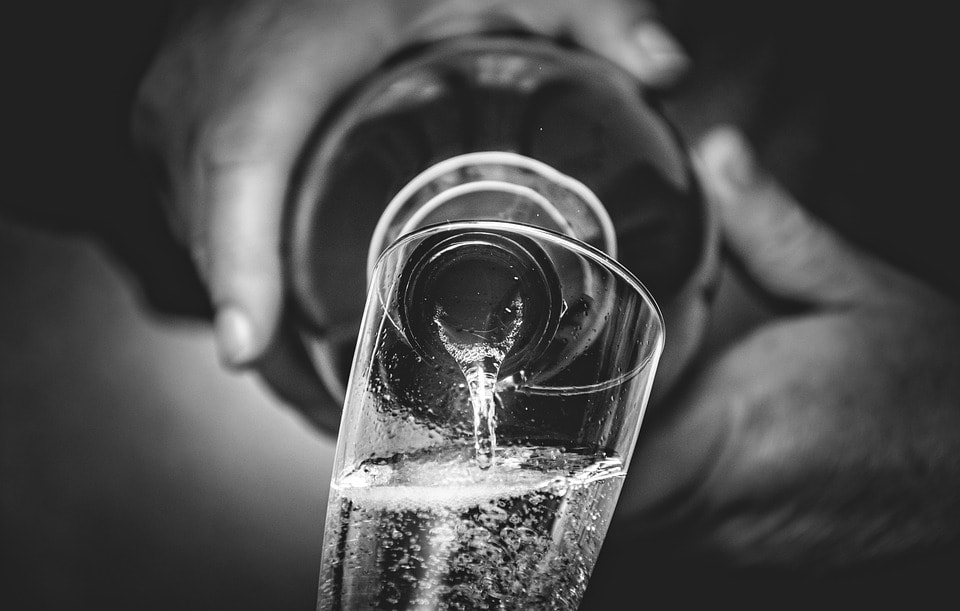 "Random Fact: - Prosecco makes ""dry"" confusing. In prosecco lingo, when you see ""dry"" or ""extra dry"" on the label, it actually means that it's a little bit sweeter. When you find ""brut"" on the label, it means dry."