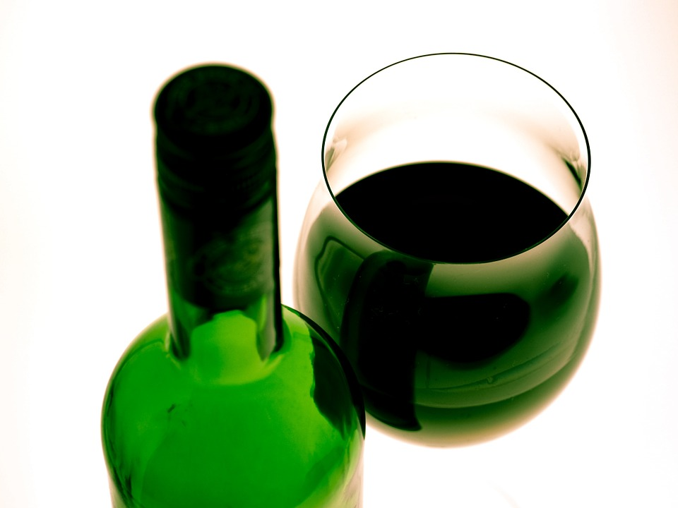 wine-glass-956274_960_720.jpg
